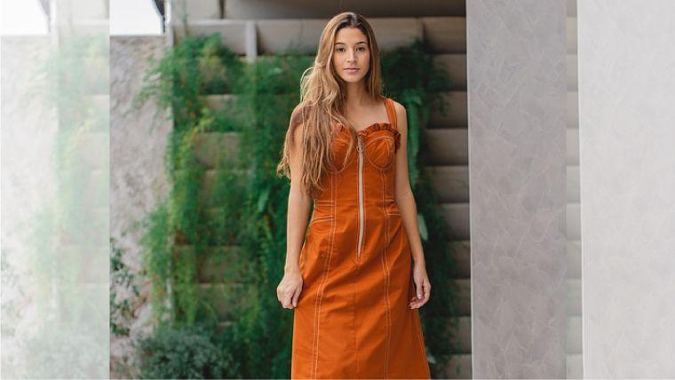 パーソナルカラー秋タイプファッションイメージ
